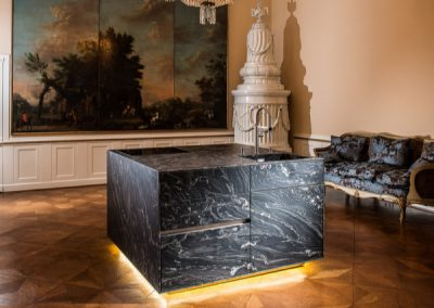 Credenza Floating Kitchen Island In Natural Leather Stone.
