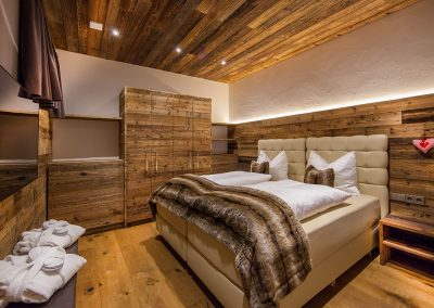 Timber & Sho Sugi Ban Bedroom Design.