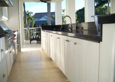 Front Run Of Patio Kitchen in Louvre White.