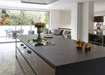 Resin Grey & Stone Matt Worktop.