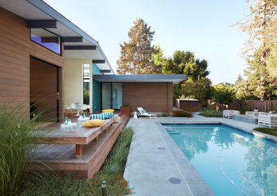 Modern Pool & Patio Design.