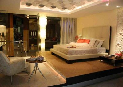 Chique Bedroom Pad Design.