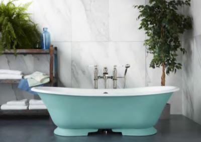 Blue Green Bath & Tap Fittings.