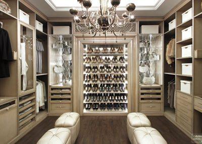 Bespoke Dressing Room in Beige Panelling Design