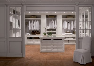 Closet Commission in Painted Bespoke Panelling.