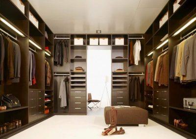 Gentleman's Dressing Room.